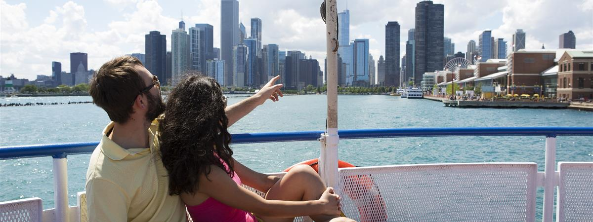 Shoreline Sightseeing Boat Tours in Chicago, Illinois
