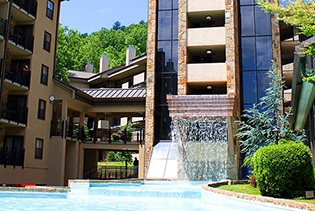 Gatlinburg Town Square in Gatlinburg , Tennessee