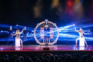 Hamners' Unbelievable Variety Show in Branson, Missouri