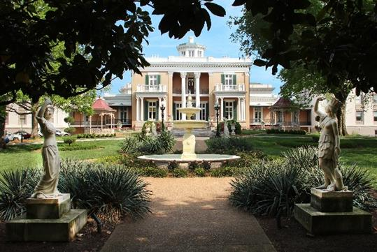 The historic Belmont Mansion in Nashville, Tennessee - a must see!