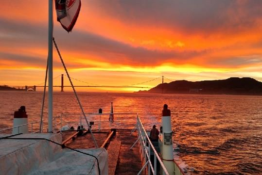 California Sunset Cruise: live music, complimentary beverage, and an appetizer buffet.