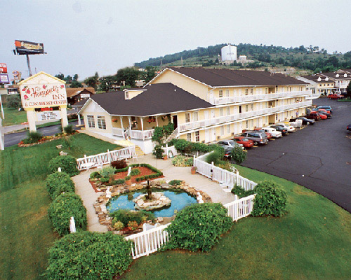 Honeysuckle Inn and Conference Center in Branson, Missouri