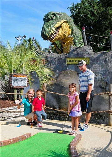 Play all day at Jurassic Golf in Myrtle Beach, South Carolina
