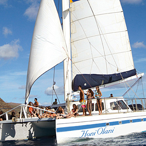 Honi Alani - Kewalo Sunset Cocktail Cruise in Honolulu, Hawaii