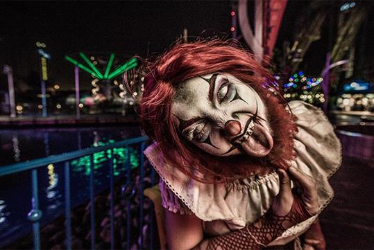 Carnevil Bearded Clown - Knott's Scary Farm in Buena Park, California