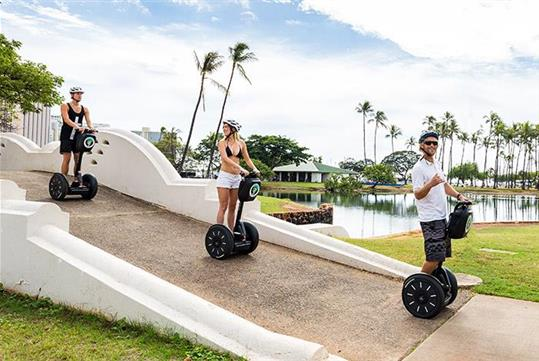 The pristine beaches and views are ideal on this Magic Island tour. - Magic Island Beach Park Segway Tour in Honolulu, HI