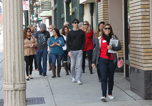 Old Pasadena Food Tasting Walking Tour in Pasadena, California