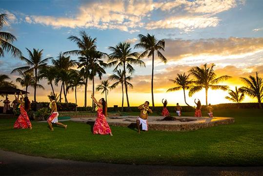 Beautiful Hawaiian Sunset - Paradise Cove Luau in Kapolei, Hawaii