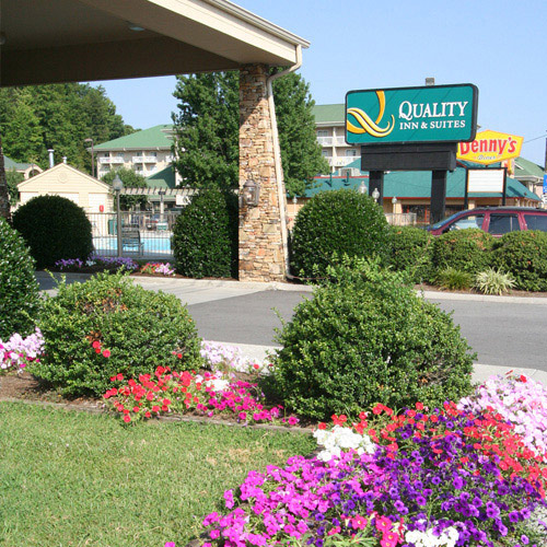 Quality Inn and Suites at Dollywood Lane in Pigeon Forge, Tennessee