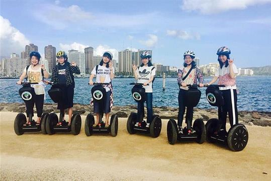 There are plenty of photo opportunities. - Waikiki & Diamond Head Segway Tour in Honolulu, HI