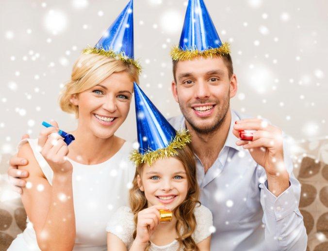 Kids New Years Eve ThinkstockPhotos-461188145 (1)