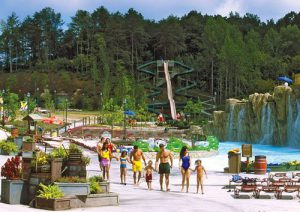 DOLLYWOOD_S_SPLASH_COUNTRY_(002)