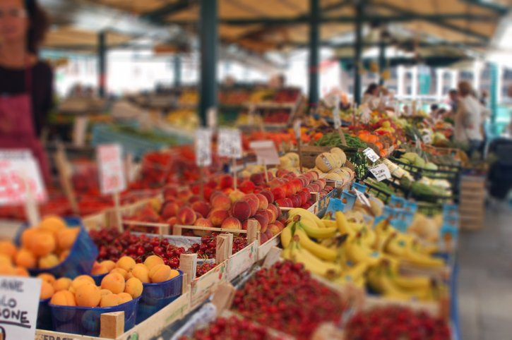 Farmers Market in Venice with selective Blur