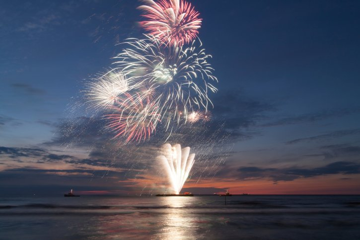 Fireworks ThinkstockPhotos-177518847