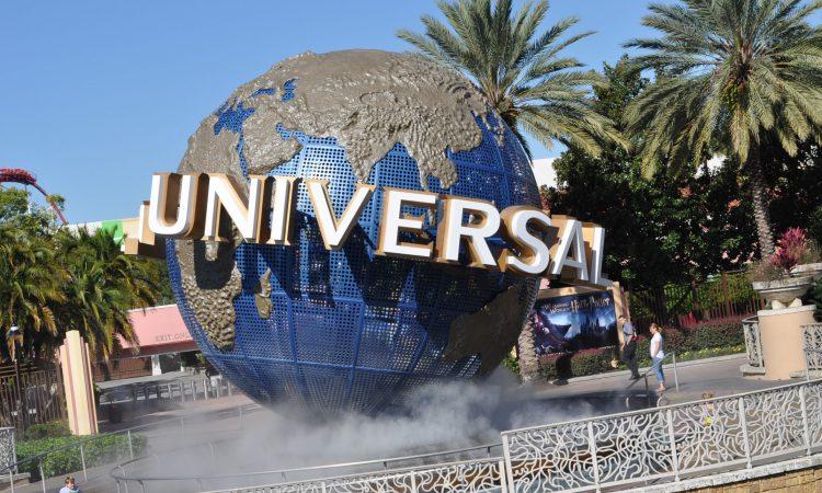 Universal Studious Globe
