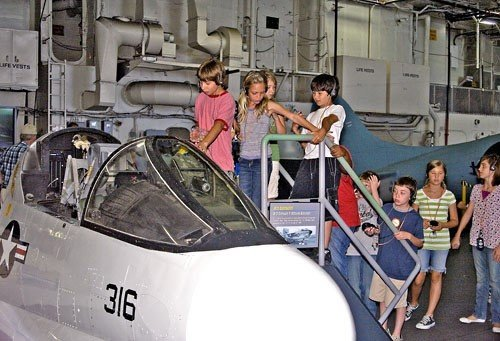 USS_Midway_Museum_(69540)