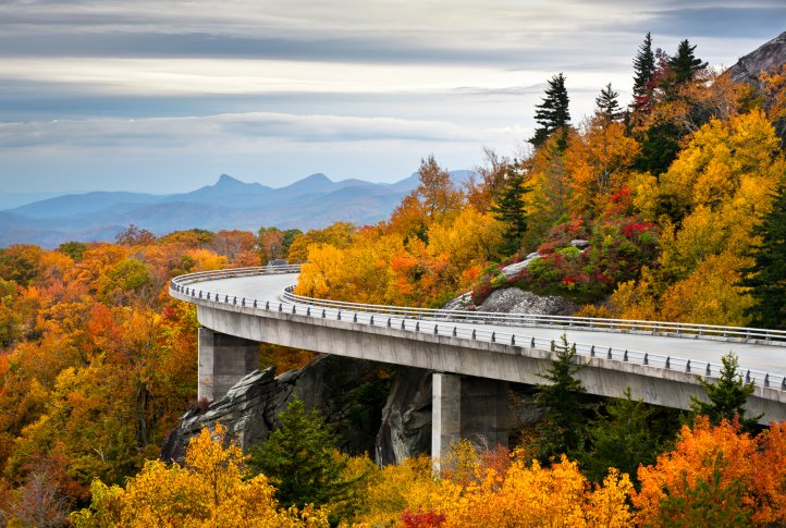 Blue Ridge Parkway 134579706 scenic drives in the smoky mountains