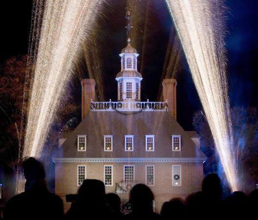 Colonial Williamsburg Christmas.Grand Illumination A Highlight Of Colonial Williamsburg