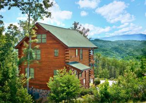 Rent a cabin for your Gatlinburg Labor Day Weekend getaway.
