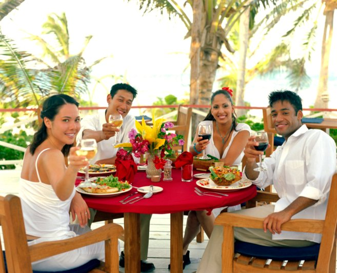 Treat yourself to a delicious meal in Hawaii.