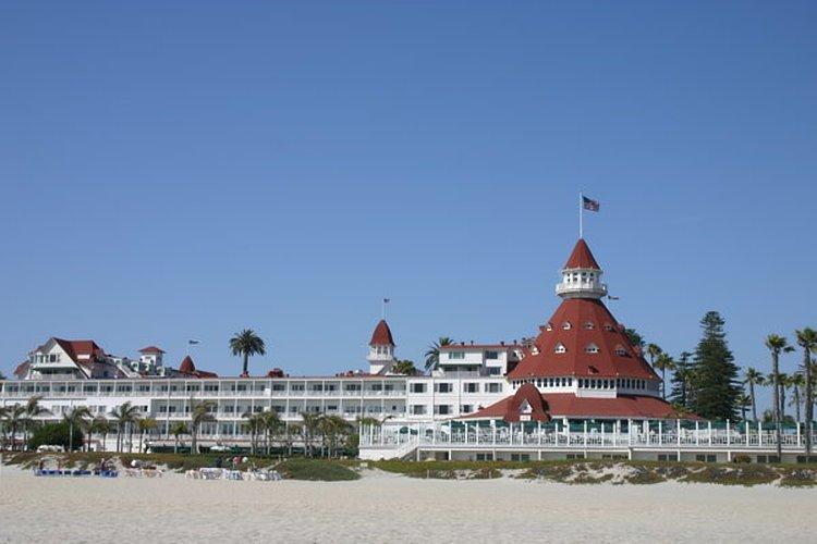 The exterior of the Hotel del Coronado in San Diego, CA