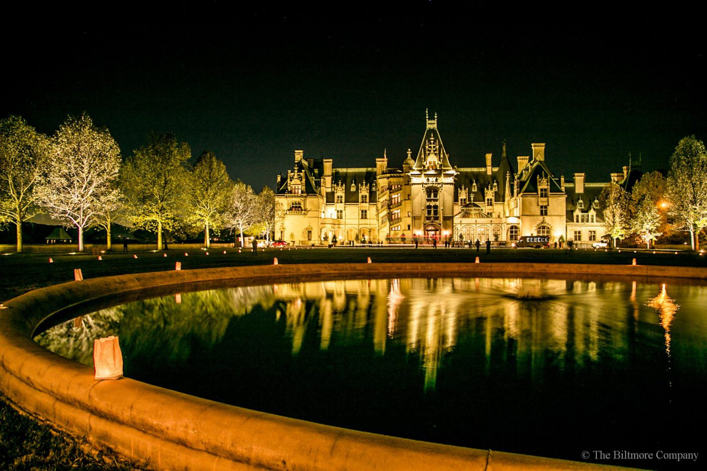 Biltmore Christmas.Experience The Grand Tradition Of A Biltmore Christmas
