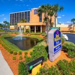 Book a room at the Best Western Orlando, one of the hotels on International Drive in Orlando