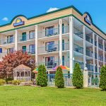 The Days Inn is one of the pet friendly hotels in Pigeon Forge