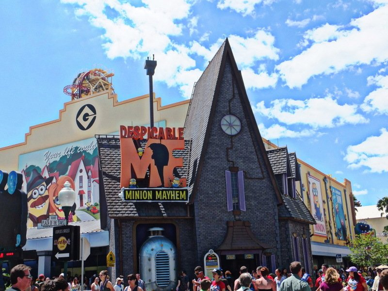 Universal Studios vs. Islands of Adventure