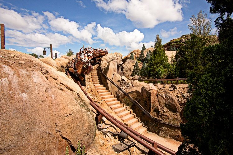 Seven Dwarfs Mine Train Dropbox2 RSZ1