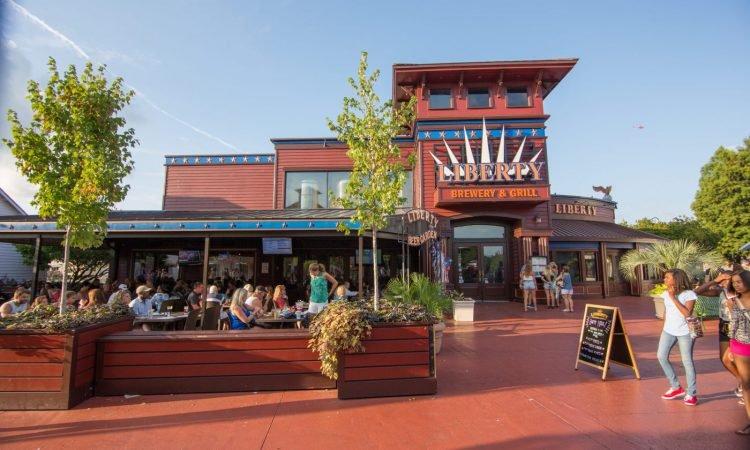 Broadway at the Beach Restaurants