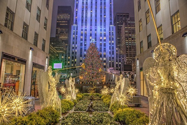Nyc During Christmas.Christmas In Nyc The Ultimate Holiday Guide To The Big Apple
