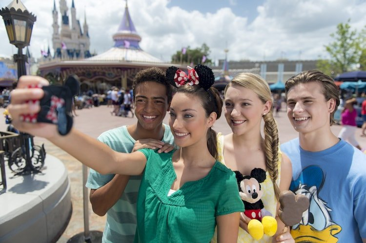 Don't forget your smartphone! It's the key to a great first Disney World trip.
