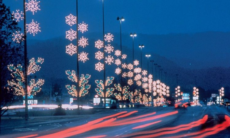 Pigeon Forge Christmas Lights Tours