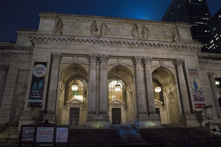 public-library-581229_1280