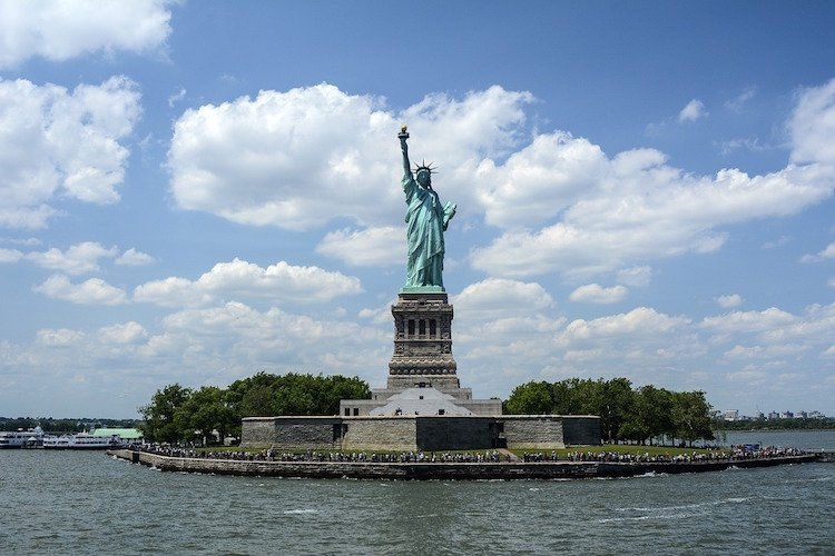 statue-of-liberty-1075752_1280