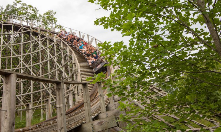 10 Facts About Dollywood You Didn't Know on