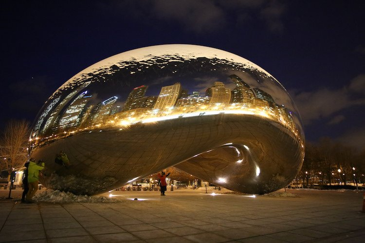 A picture with Cloud Gate is a must during a romantic trip to Chicago.