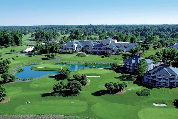 The Kingsmill Resort is a popular choice among golfers visiting Williamsburg, VA.