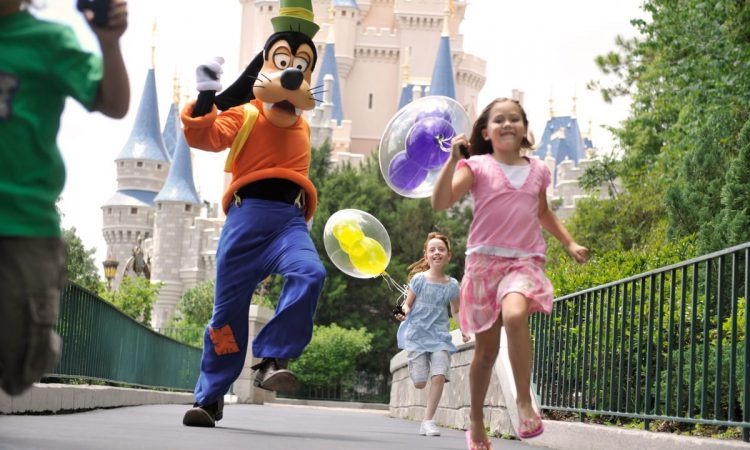 Dealing with Disney World Crowds