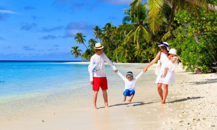 Hawaii Beaches for Families
