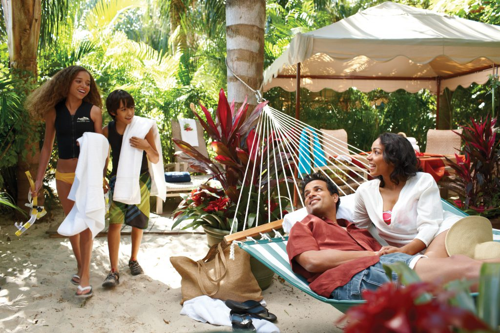 Don't forget to review our Discovery Cove tips before your trip!