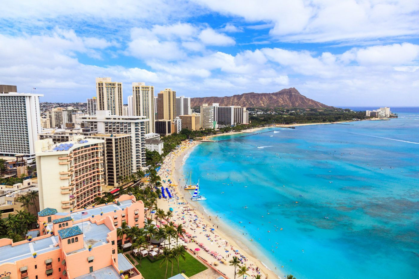 What is the Least Expensive Hawaiian Island to Visit?