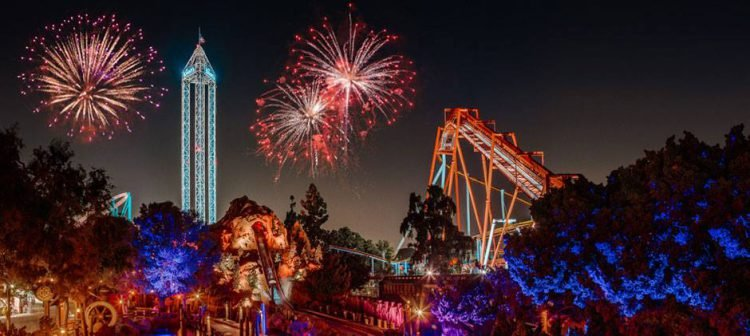 Los Angeles 4th of July fireworks over Knott's Berry Farm rollercoasters and tower
