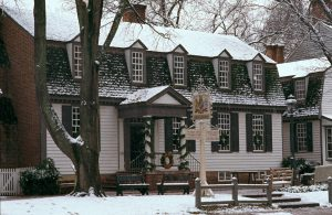 Grab a bite to eat at Colonial Williamsburg's historic taverns, including King's Arms Tavern
