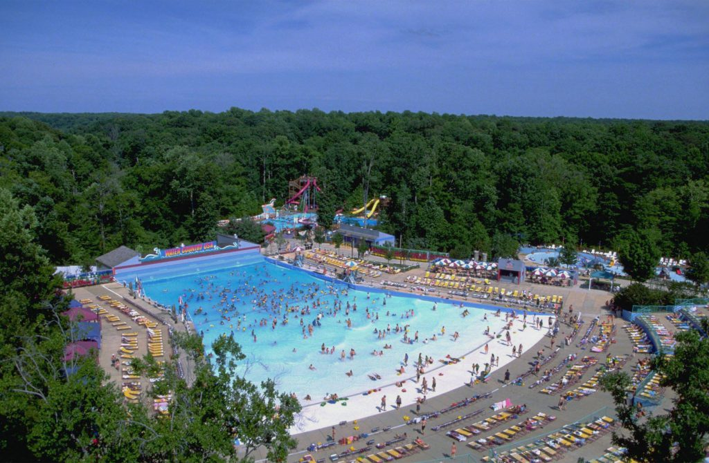 Williamsburg Water Parks include Water Country USA