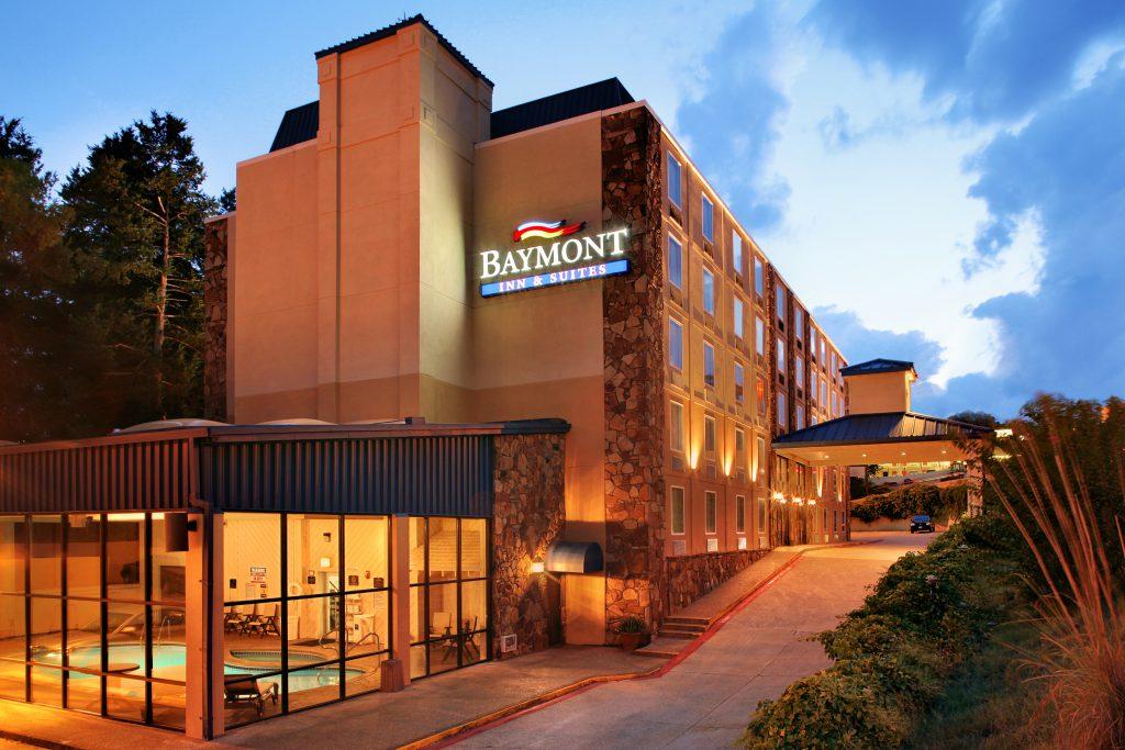 Baymont hotel in Branson exterior