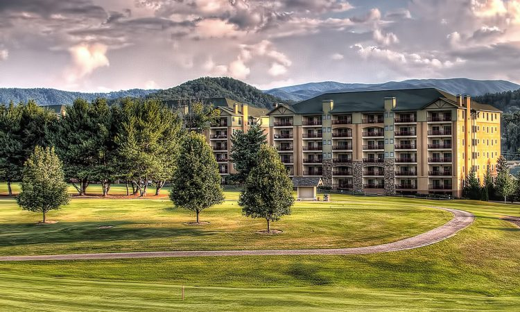 Riverstone Resort is one of the hotels near Dollywood