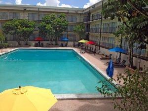 The EconoLodge is among the hotels near LEGOLAND Orlando
