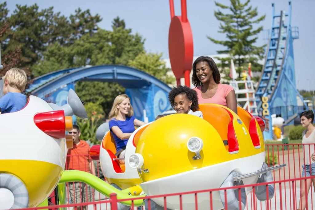 When visiting the park with family, keep these Kings Island tips and tricks in mind